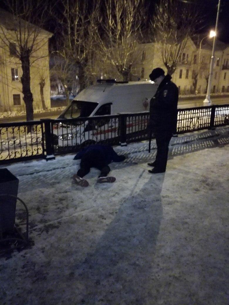 Вчера в Урале, двум парням стало плохо.