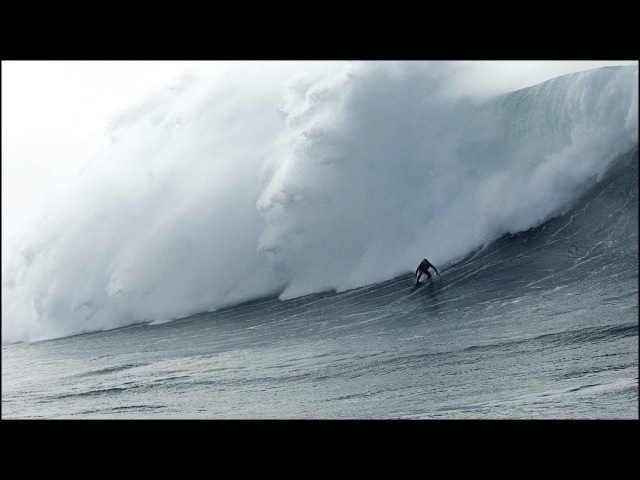 Nazare Moments - New Year 2018 Giant Swell: Never seen water angle NazareMoments (01.01.2018)