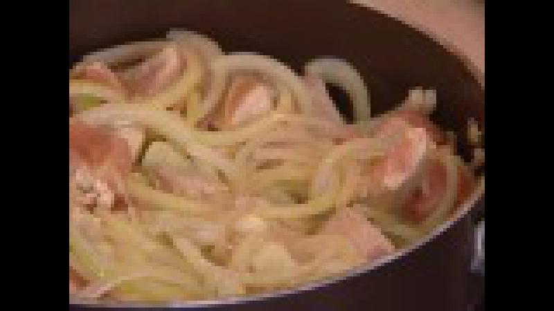 Рецепт: индейка в сметанном соусе. GuberniaTV