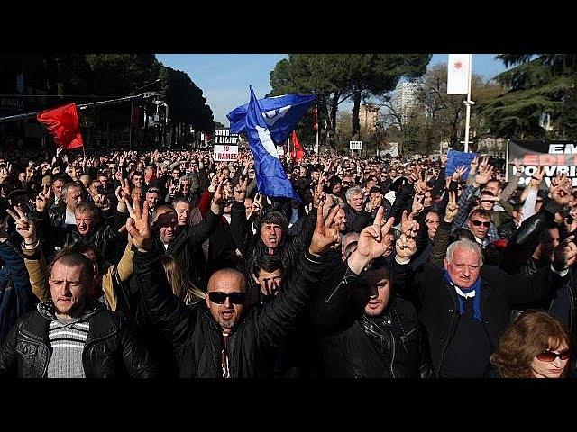 Марш албанской оппозиции