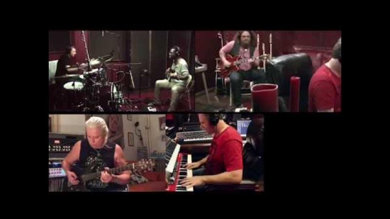 István Alapi - Virtual jam with Michael Whittaker, Keith Carlock, Rob Cureton, Bart Walker