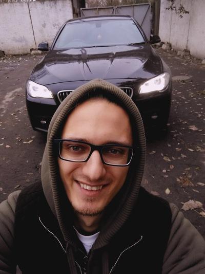 Владислав Sangarov