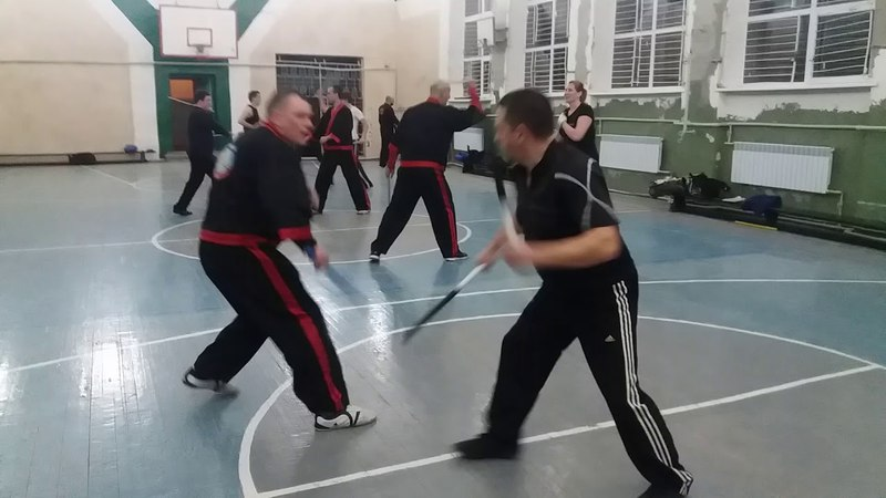 Kombatan Arnis (palit-palit double - solo baston)