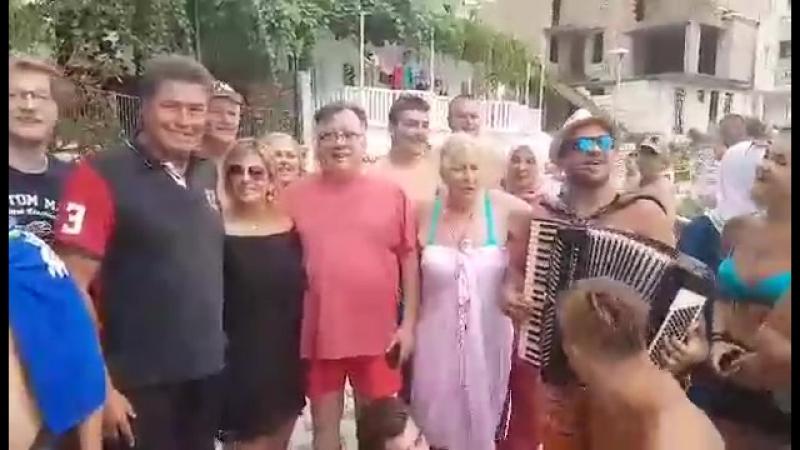 OAT i Halid Bešlić - Iznad Tešnja zora sviće (LIVE) Neum 2017