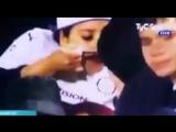 [Box2Box] Когда команда забивает гол, но на трибунах происходит что-то более интересное