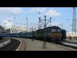 2М62-0274  2М62-0205 c пассажирским поездом Львов - Рахов отправляется со ст.Львов