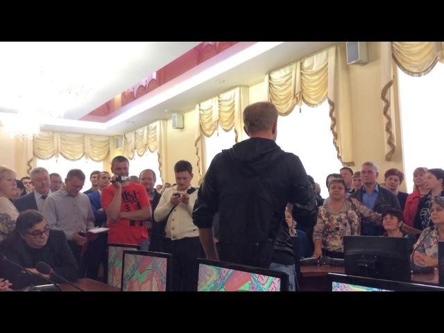Максим Киселев выступает за вырубку лесопитомника в Смоленске