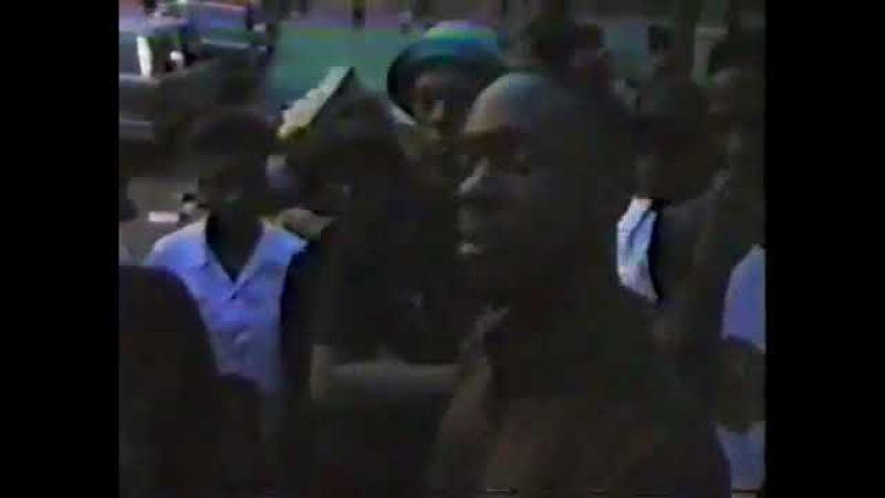 Lord Finesse Vs Percee P 1989 freestyle rap battle (live/rare)