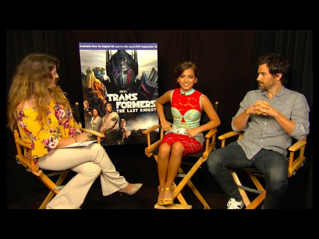 Isabela Moner y Santiago Cabrera de Transformers comparten divertidos momentos y canciones favoritas