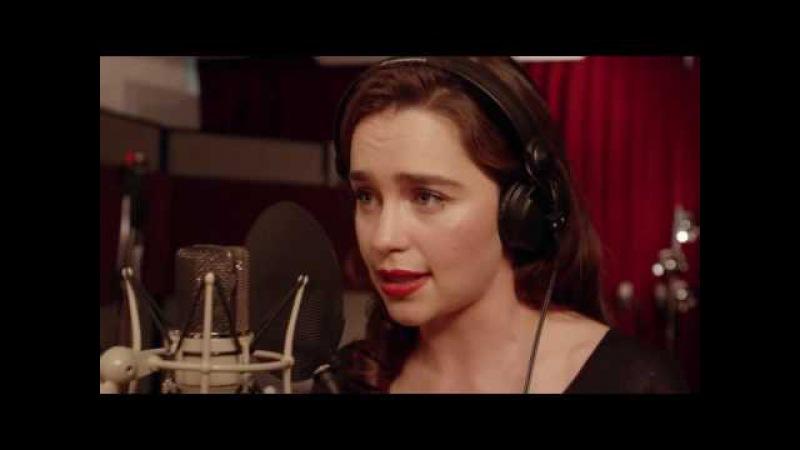 Daenerys Targaryen singing/Emilia Clarke funny/Дэйнерис Таргариен поет / русские субтитры /