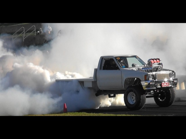 BLWNLUX 2ND PLACE PRO CLASS AT BURNOUT OUTLAWS 3