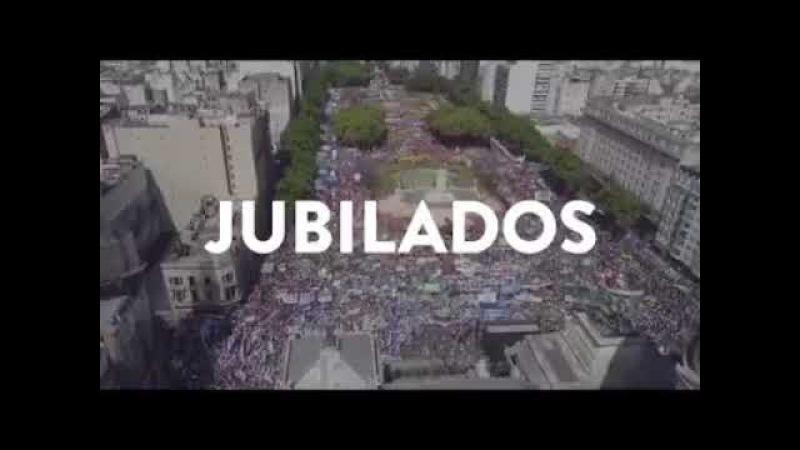 Argentinos guerreiros protestam contra as reformas neoliberais do governo Macri