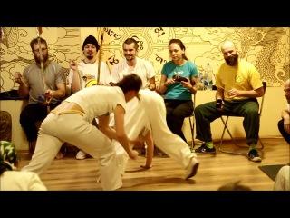 Caracolinha (Marrom e alunos) e Pomba (Palmares Angola Capoeira)