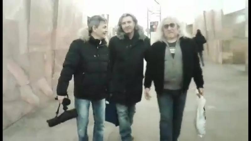 Три мушкетера в московском метро!