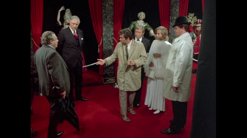 Коломбо 02-13 (1972) Из любви к искусству (Dagger of the Mind)