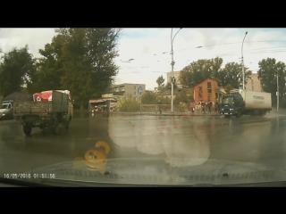 Два ДТП на Сибиряков-Гвардейцев 12 сентября