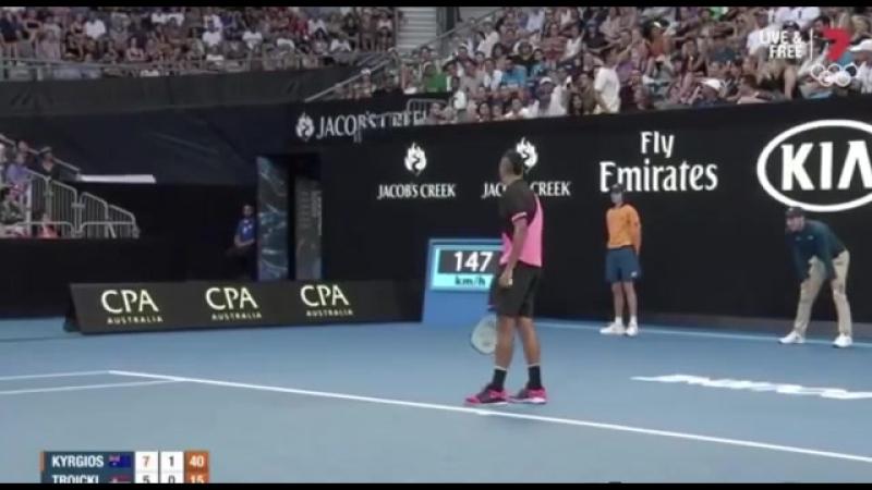 Jamie Zhu interrupted Nick Kyrgios vs Viktor Troicki / tennis insight