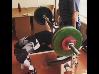 Наталья Самарина, жим лёжа 120 кг на 2 раза