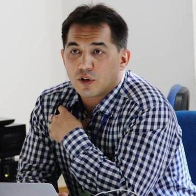 Рустем Тахиров
