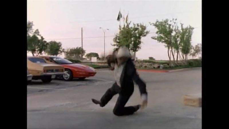 641. Крутой Уокер: Правосудие по-техасски последующая (2 сезон) 21 серия из 200 (25 сентября 1993 - 19 мая 2001)