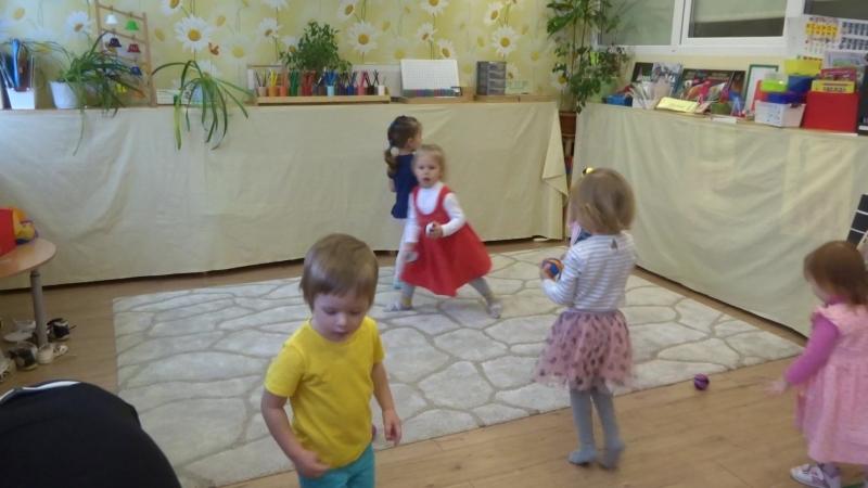 Музыкальные занятия в Ромашково-3