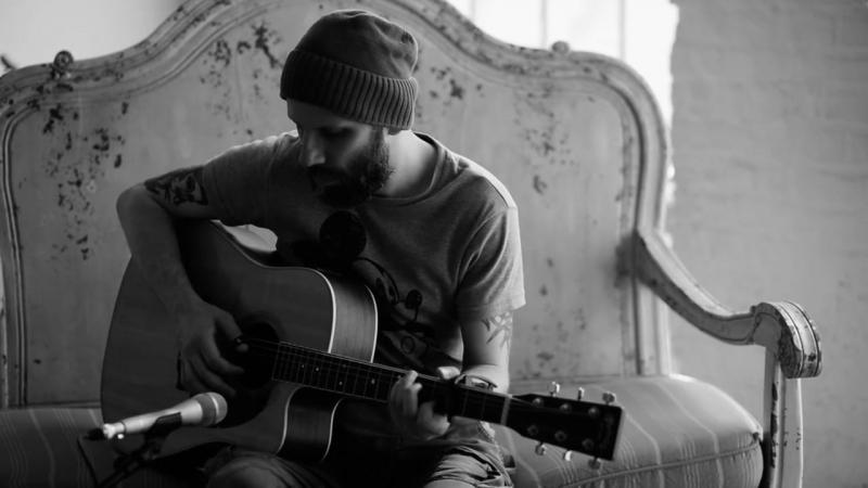 MegaloMania Acoustic - One (U2 cover)