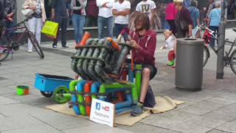 Pipe Drumz auf der Zeil in Frankfurt