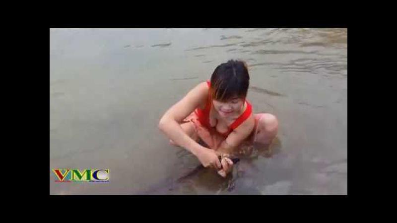 Cô gái xinh đẹp đi bắt cá - Cuộc sống quê tôi P4 | Variety Music Channel