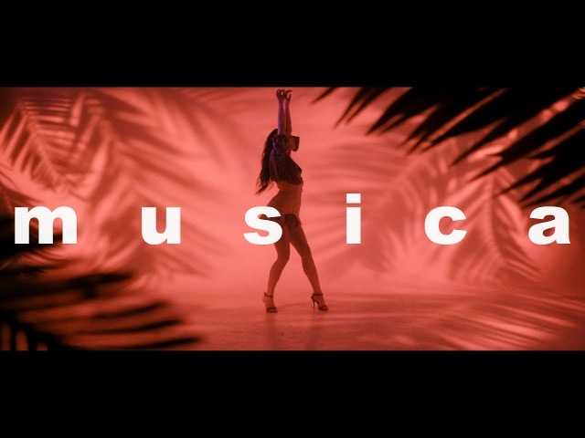Michelle Andrade - Musica (Lyric Video)