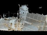 Новости на «Россия 24»  •  Первый выход в космос в 2018 году: россияне подключают