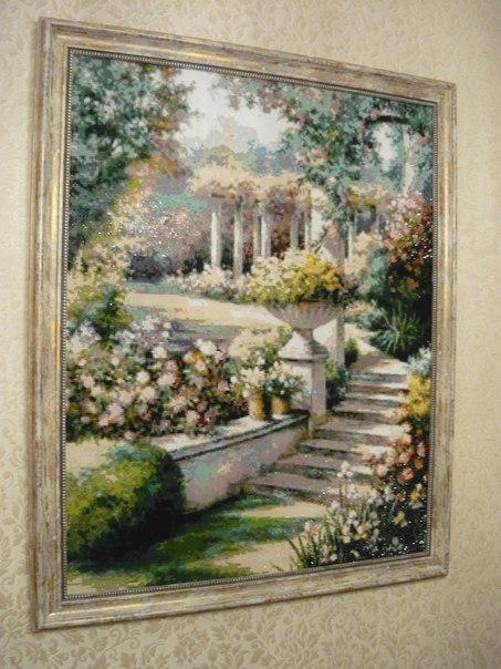 Людмила Назарова: Мозаика огромного формата. В спальне смотрится, как будто окно в прекрасный сад. :)))