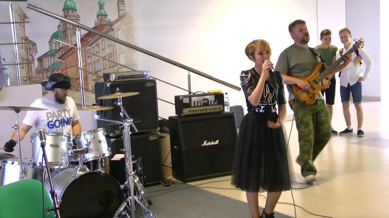 PURE POT STEEL ANNA MOSHKORINA in Rubin - ROCK SHOW (HOLESTORM cover )
