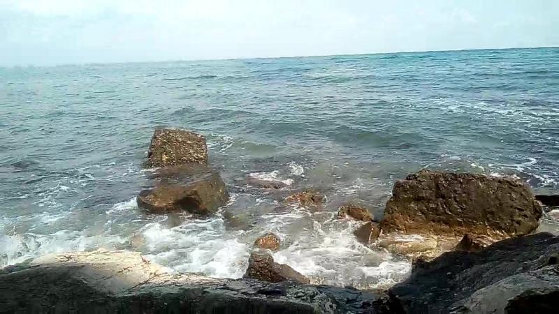 Феодосия. Дикий пляж. Чумка. Крым.