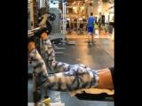 4 упражнения для ягодиц на тренажере Смита