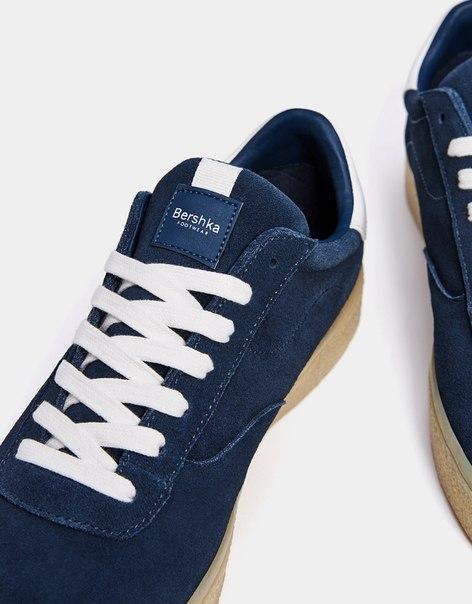 Мужские кожаные кроссовки с подошвой карамельного цвета