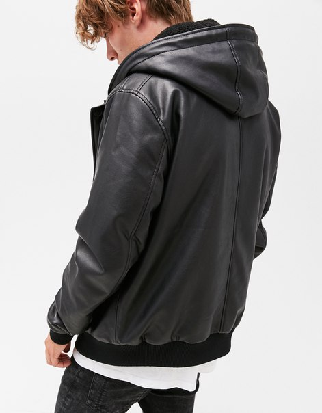Куртка с капюшоном из искусственной овчины