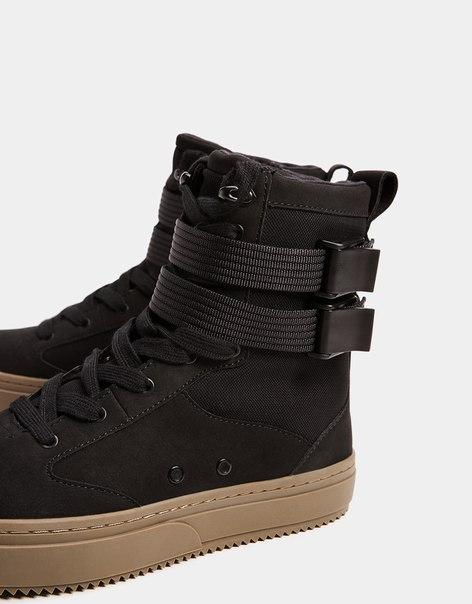 Мужские спортивные ботинки со вставками