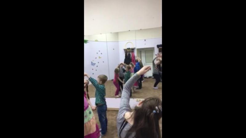 Разучиваем танец для Флешмоб