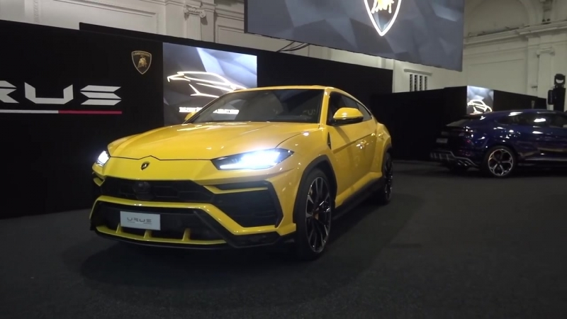 FAIL First UK Lamborghini Urus Hits a Kerb and Cracks Wheel