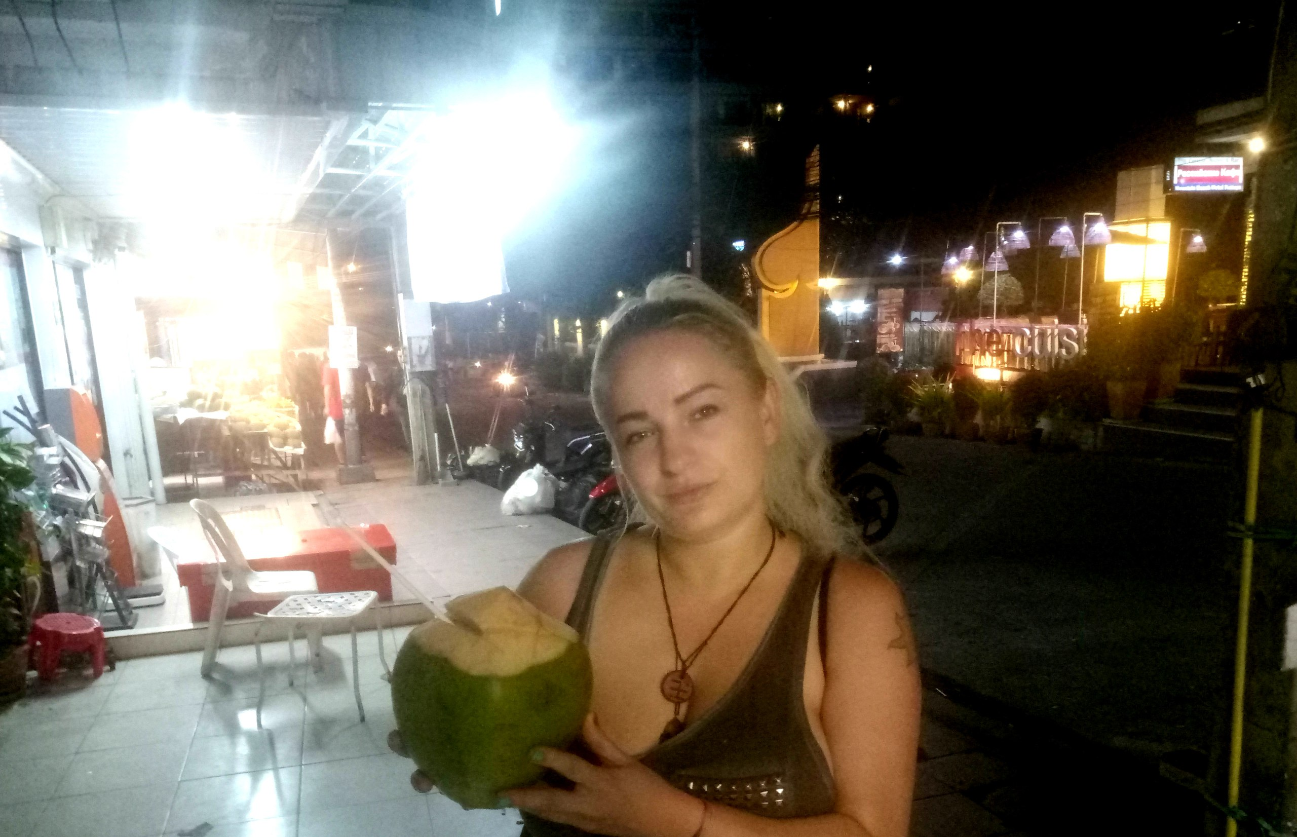 Елена Руденко (Валтея) Таиланд. Прогулка по Паттайе.  - Страница 4 KJPdth_EDSY