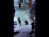 Китайский школьник, петарда и канализация