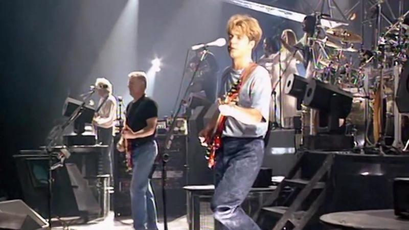 Pink Floyd - Another Brick in the Wall (part II) [Live] Legendado em PT-ENG » Freewka.com - Смотреть онлайн в хорощем качестве