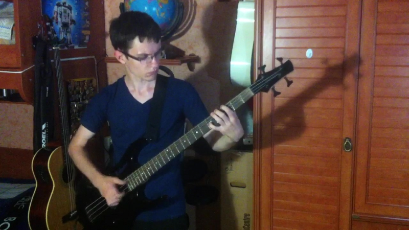 Dan_geronimo video 15 🎶🎸✌️ : «Red Hot Chili Peppers» — «Aeroplane» bass cover