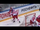 Капризов отдает Шалунову из-за ворот