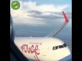 Близкий полёт двух самолётов