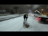 Snow is only your problem! Look at Michael War doing a white hillbombing on his fixedgear