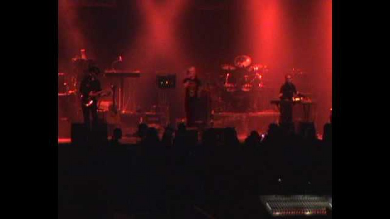 Essence Of Mind - Piss Artist (live clip from Pratteln, Switzerland, April 7th 2009)