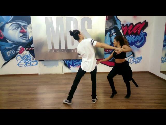 Felipe Garcia and Erica Tintel. Zouk demo (Ouvi Dizer)