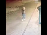 Девушку «помыли» на автомойке.