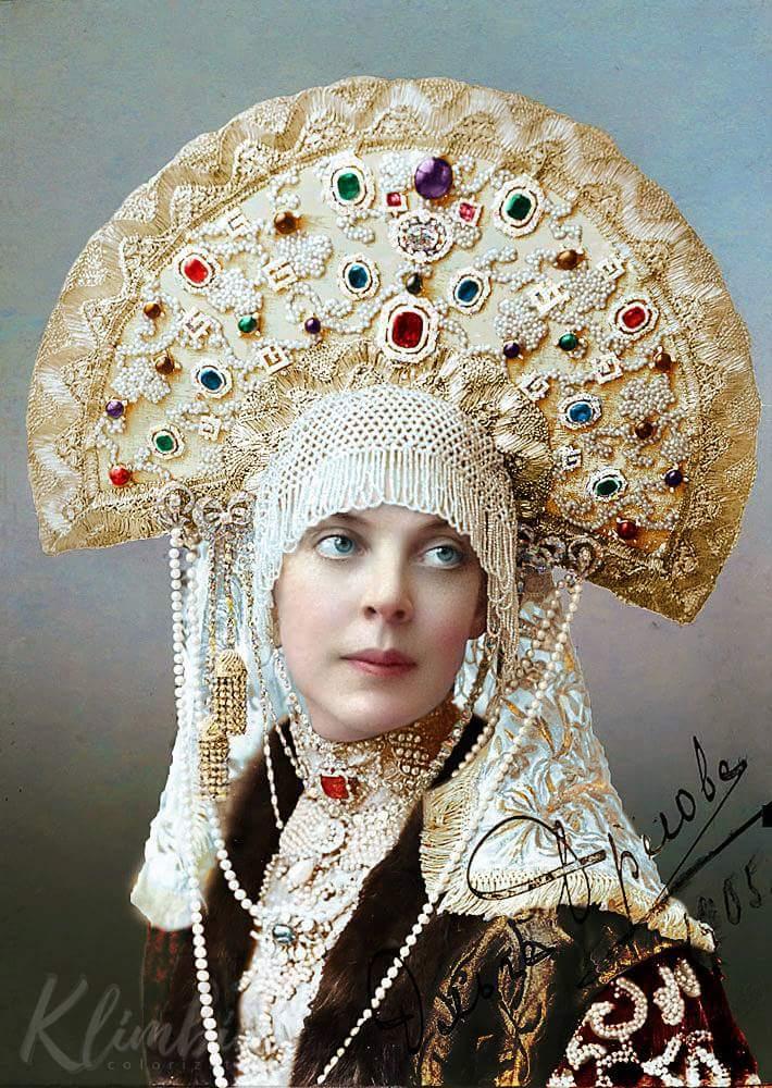 Княжна Ольга Орлова в костюме боярыни 17 века на императорском балу 1903 года. Фото в цвете Прокудин-Горский